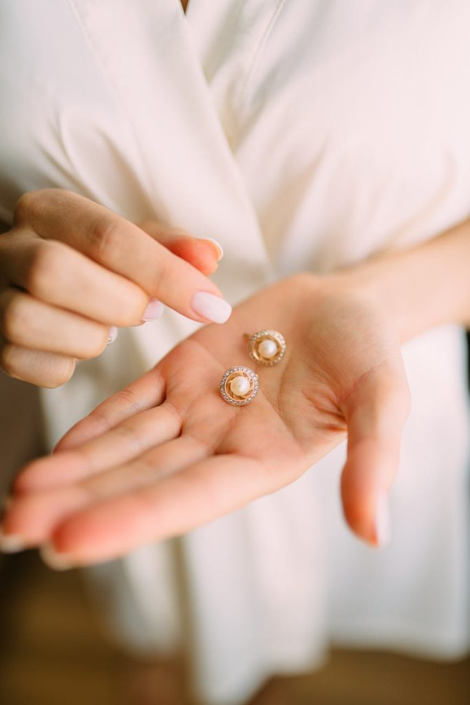 come pulire i gioielli in oro