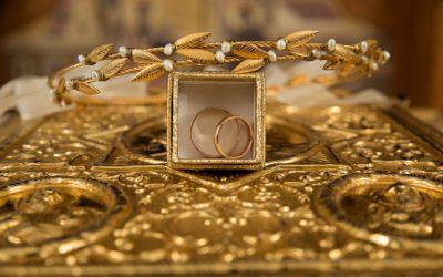 Come Pulire l'Oro e Farlo Splendere